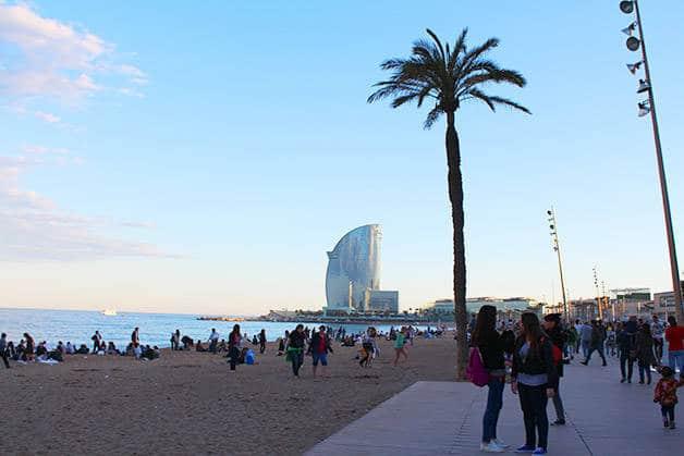 ¿Cuál es la mejor época del año para visitar Barcelona  bd4f6f488b10